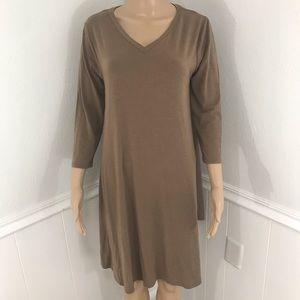 Zenana Premium V-neck soft 3/4 length sleeve dress Sz L